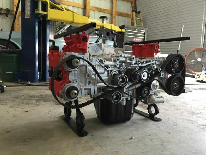 This Guy Turned His Smashed Car's Engine Into An Epic Coffee Table -14
