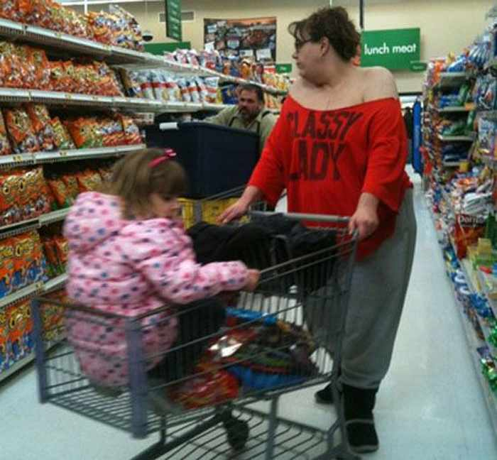The 20 Most Ridiculous People of Walmart Photos -14
